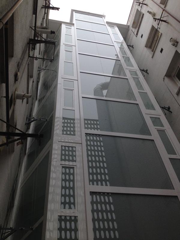 ascensores patio de luces