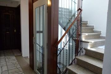 instalacion ascensor en hueco de escalera