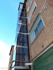 Instalación de ascensores en fachada