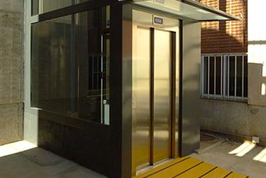 Disel - ascensor hidráulico