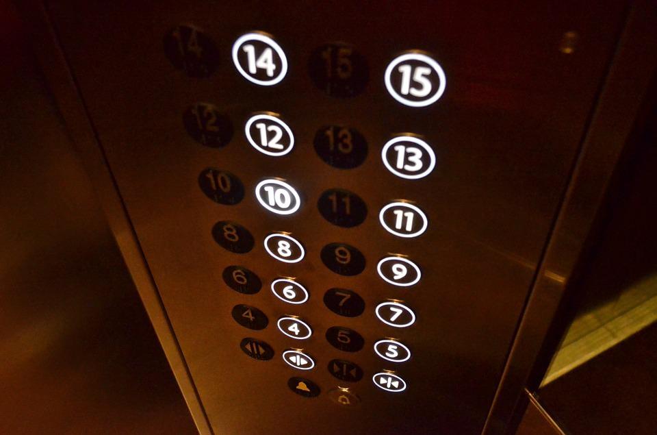 instalar un ascensor en edificio