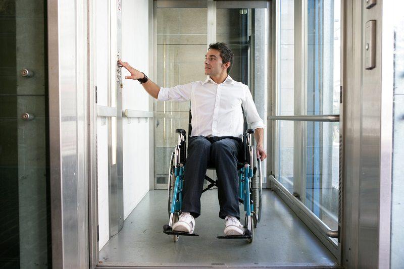 elevadores eléctricos accesibilidad