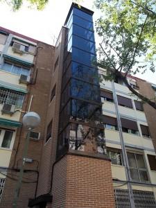 Instalacion de ascensores en fachada Disel Studio