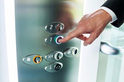 Encuentra la seguridad en la intslación de elevadores eléctricos en Disel Studio