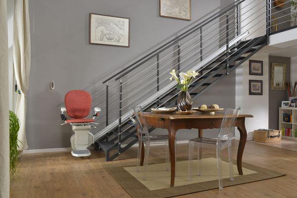 sillas salvaescaleras opción para dar accesibilidad - Disel Studio
