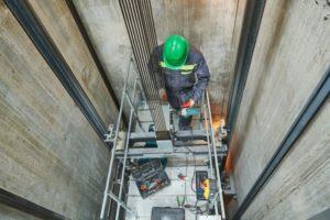 construcción segura de ascensores