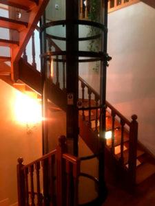 Instalación de un ascensor sin obras en una vivienda unifamiliar
